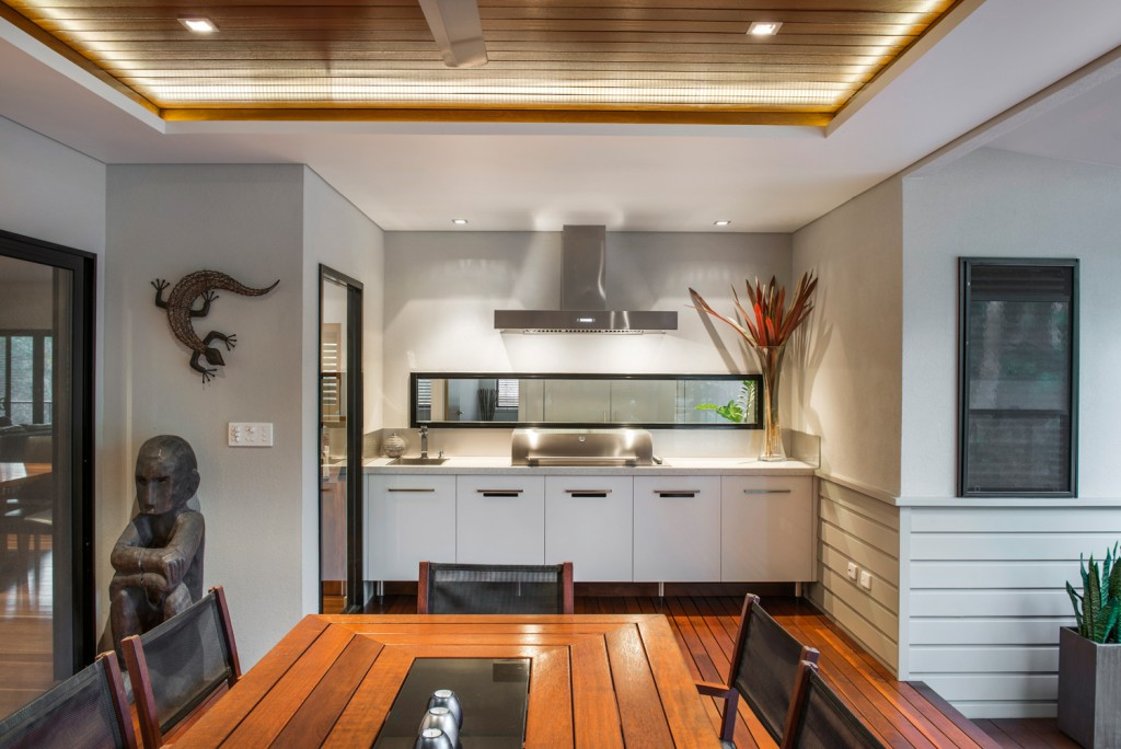 Real kitchen: Timber and style