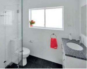 Featured bathroom: Clean and light