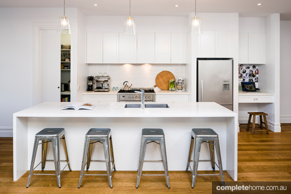BEST OF: White kitchens