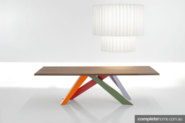 7 fine dining tables
