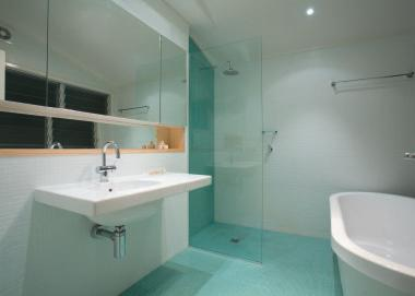 Hassle-free bathroom design