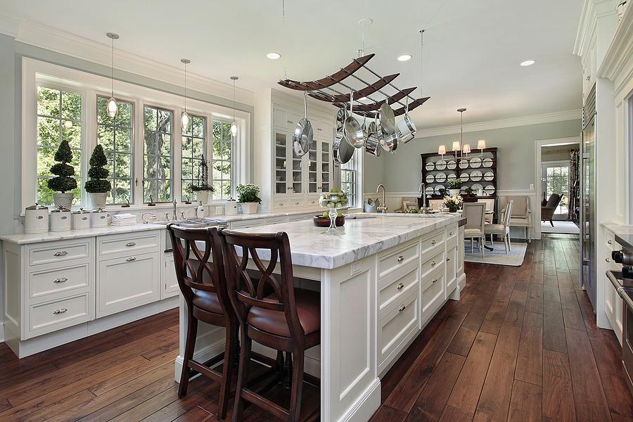 Sleek Modern Kitchens on a Budget