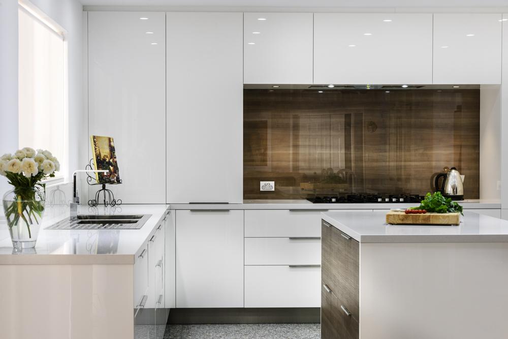 Seamless modern kitchen style completehome for Australian kitchen designs ideas