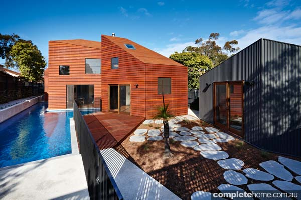 grand-designs-hampton-timber-house1