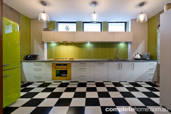 A fun and fresh kitchen