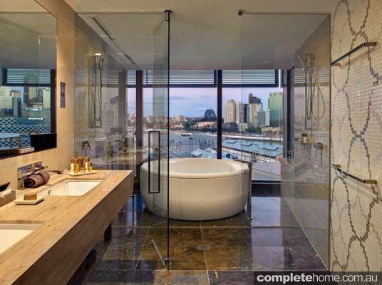 Top 6 australian luxury hotel bathrooms completehome for Best boutique hotels sydney