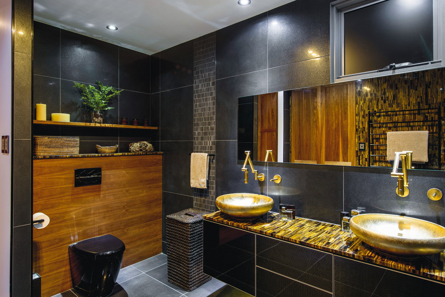 Black and gold luxury bathroom completehome for Black gold interior design