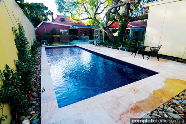 An ingroud pool design by Dolphin Pools