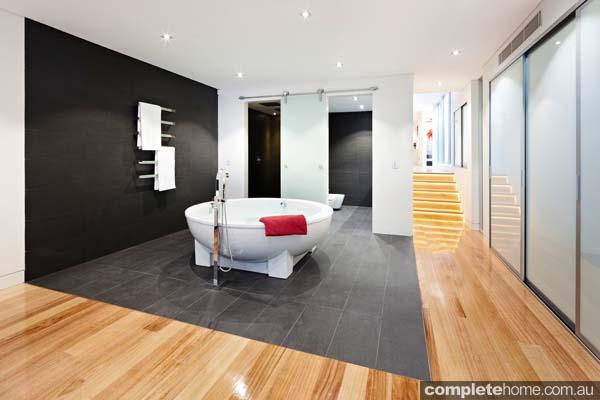 Grand designs annandale house - bath