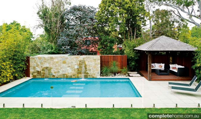 Tropical pool paradise completehome for Pool design sydney