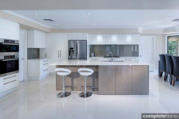 a contemporary kitchen design with fabulous flow