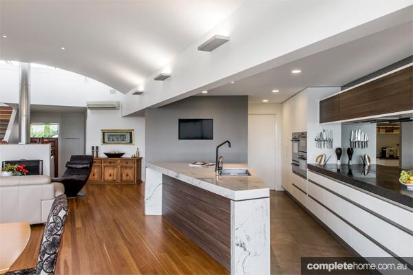 A stunning open plan kitchen design complete home for Open plan kitchen designs pictures