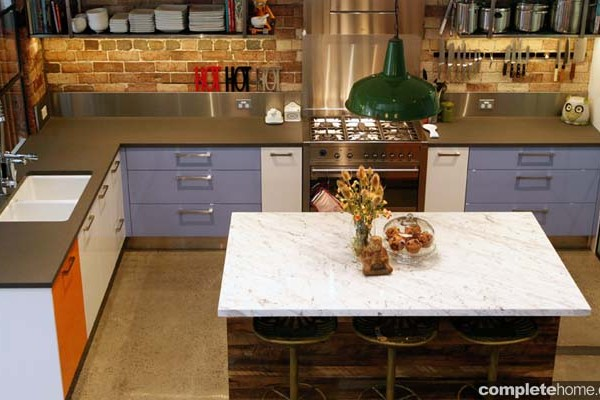 An eclectic mix of vintage and modern in this enchanting kitchen design.