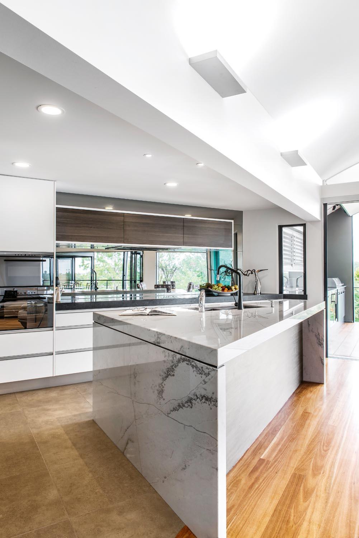 A stunning open-plan kitchen design