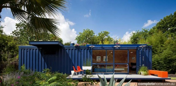 Container Guest House: sustainable living