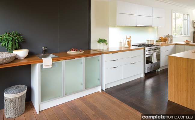 An eco friendly family kitchen design completehome for Bunnings in home kitchen design