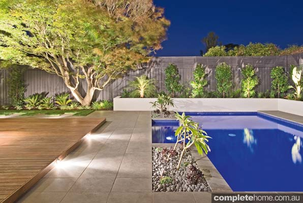 Black stone poolside paving from Stone Hub.