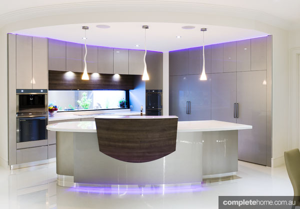 A curved futuristic kitchen from Alby Turner.