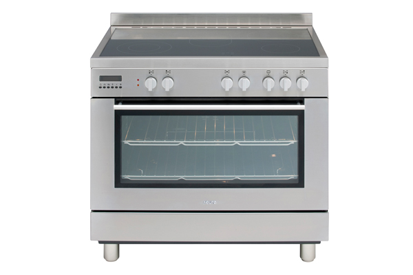 Electric freestanding oven from Euro Appliances