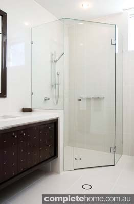 A shower featuring a frameless shower screen from Euroglass.