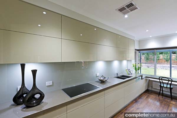 A simple and streamlined kitchen design from Kitchens by Peter Gill.