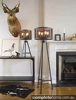 American rustic style: Escala lamps.
