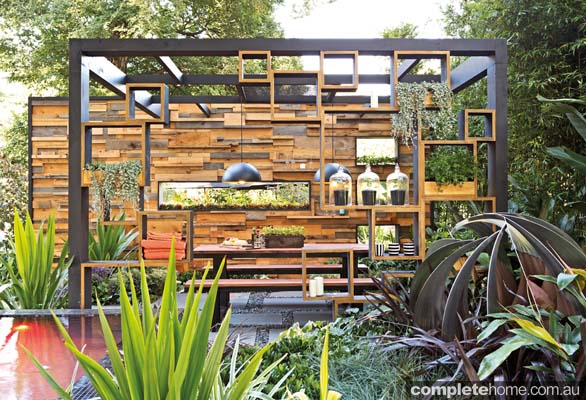 Cube2 an award winning outdoor room design completehome for Unusual garden rooms