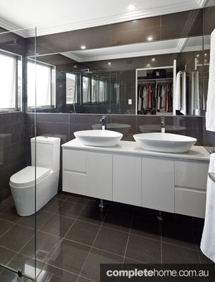 Ensuite bathroom in a duplex from M.A.G Constructions.
