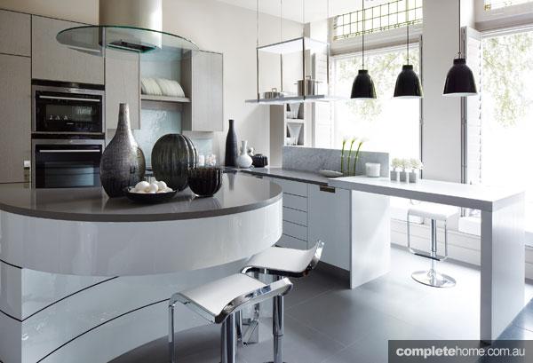 trend alert curved kitchen designs completehome. Black Bedroom Furniture Sets. Home Design Ideas