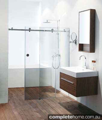 A warm bathroom featuring a frameless shower screen from Euroglass.