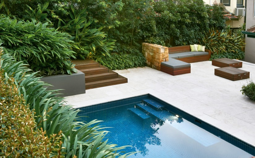 GoodManors-Pool2