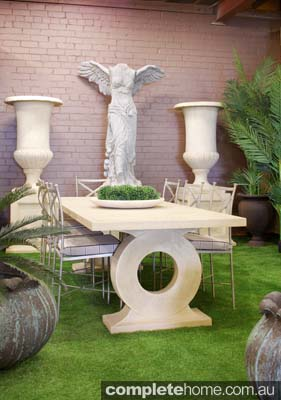 Omega Dining Table, with Agripa Urn with Stands, & Nike of Samothrace Statue by Yardware