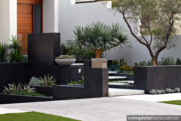 A contemporary coastal landscape design | Complete Home
