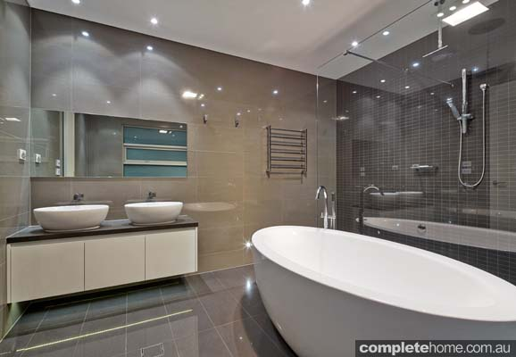 Georgia oval freestanding bath contemporary design