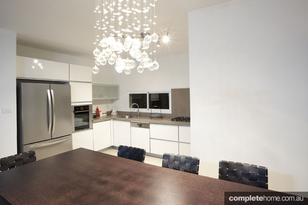 Contemporary kitchen by Sydney Select Constructions