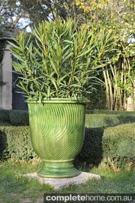 Anduze oversized plant pot design