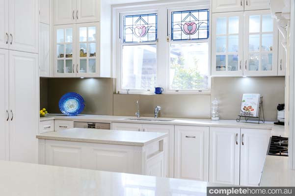 Stunning white kitchen design completehome for Kitchen ideas adelaide