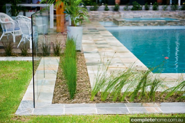 Jakin landscapes - gorgeous garden and paving