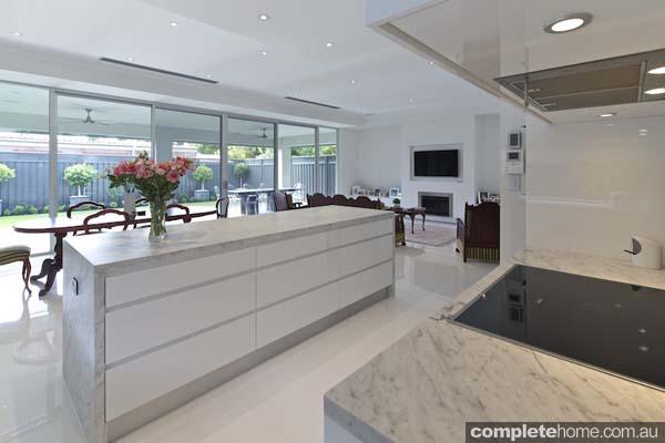 Carrera white kitchen - glass doors