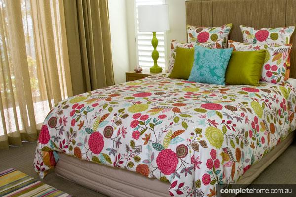 John Croft seaside home design - brightly coloured bed