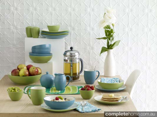 Noritake_Colorwave Apple Green and Turquoise