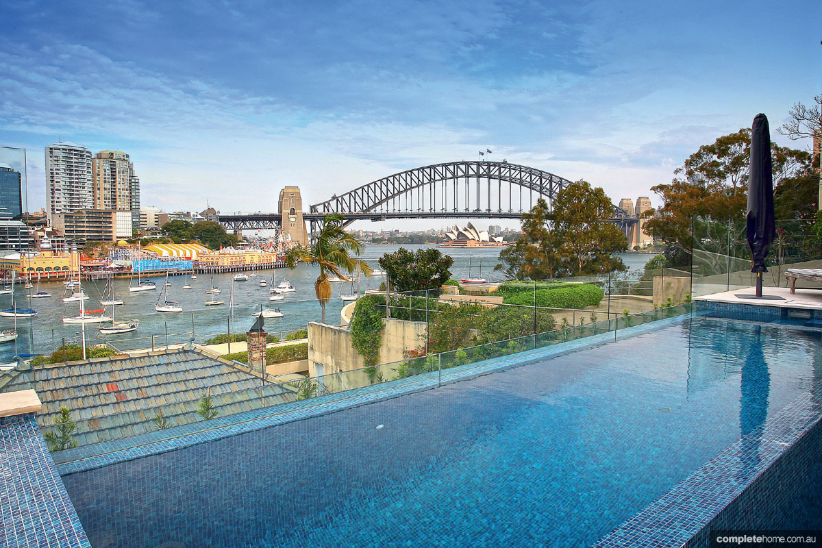 Sydney harbour side pool design completehome for Pool design sydney