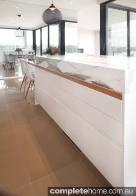 Art of Kitchens - spacious kitchen