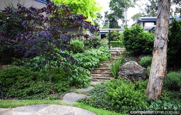 free flowing garden design