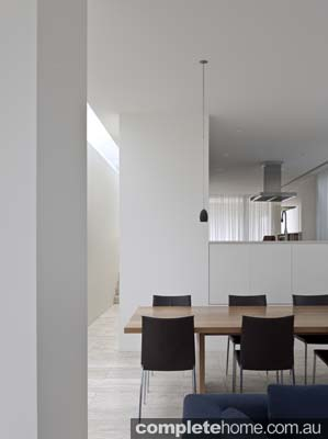 neutral_shade_kitchen