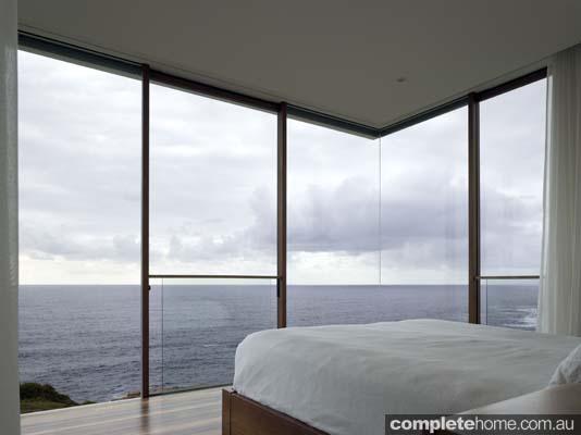 minimalist style bedroom