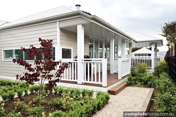 Verandah Weatherboard Garden Deck