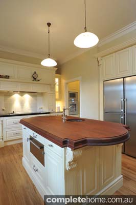 heritage style kitchen cream and timber