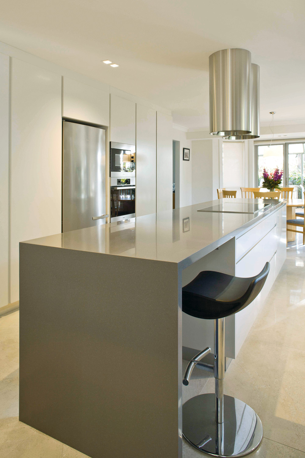 Functional, edgy and spacious kitchen design