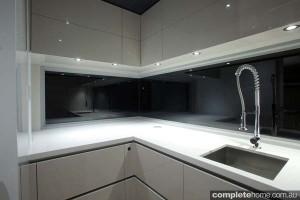 linak cupboard closed kitchen